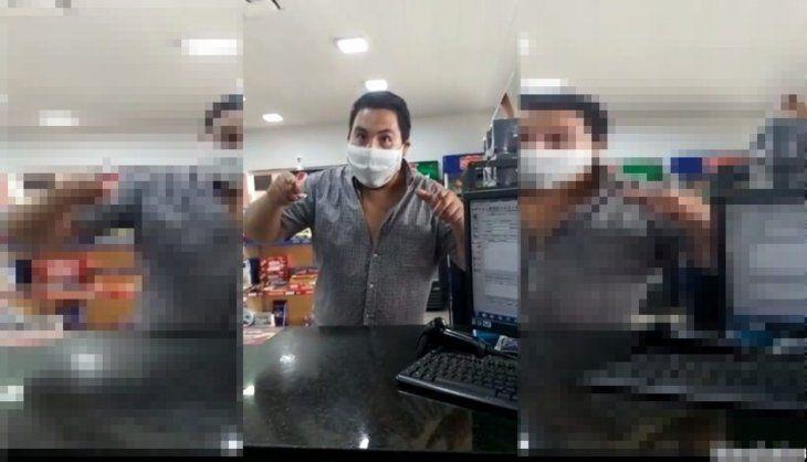 El cliente lanzó fuertes insultos contra la trabajadora
