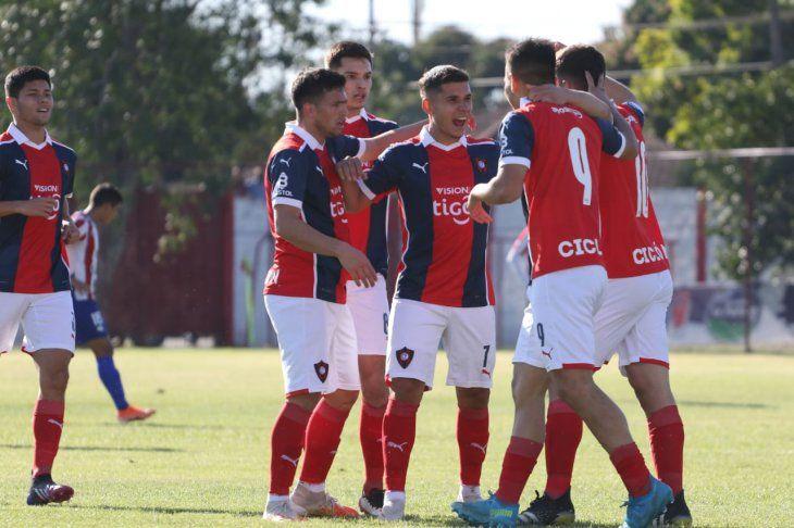 Cerro Porteño doblegó a Benjamín Aceval en el Isidro Russillón