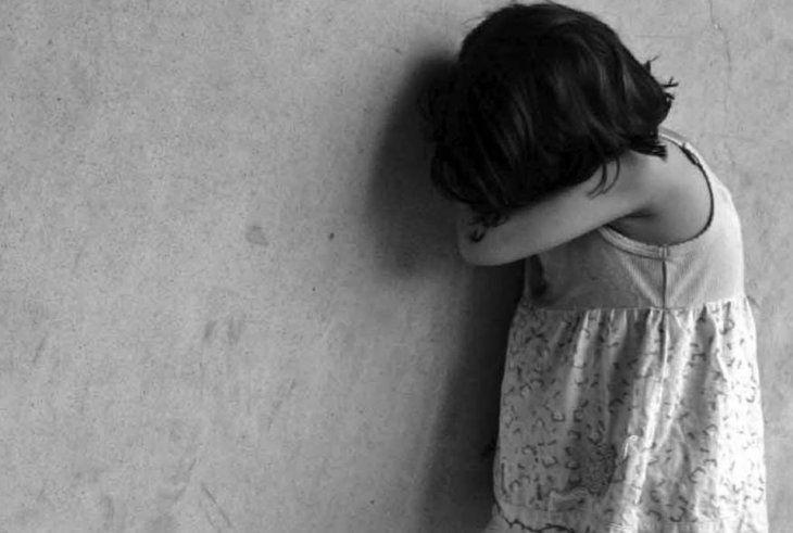 La menor falleció el sábado a raíz de las lesiones producidas por el abuso.