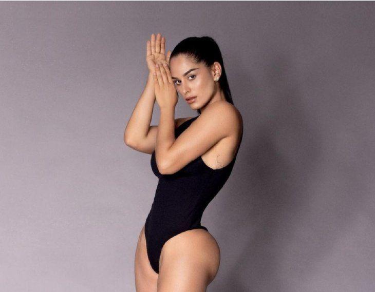 Fabi Martínez dice que tolera las duchas frías porque tiene muchos músculos que la ayudan a mantenerse caliente.