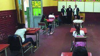 Los alumnos podrán volver gradualmente a las aulas el próximo lunes 2 de agosto. Sobre todo los que están por terminar la vida escolar piden las clases presenciales, mencionaron los gremios.