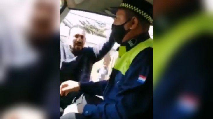 El hombre dijo que fue agredido por los PMT en el operativo.