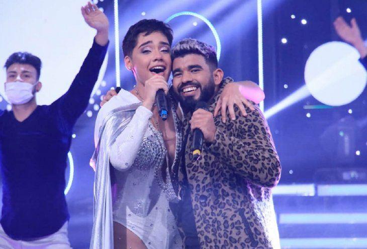 Ayelem y Max se mostraron muy felices por haber ganado el Canta Conmigo Paraguay. El jurado destacó que tienen muchísimo futuro en la música.