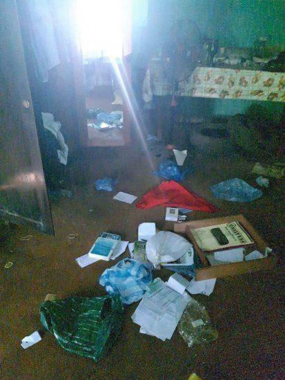 El ladrón revisó cada parte de la casa