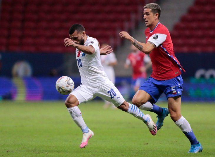 La rodilla de Antonio Bareiro se fue al mazo en una acción totalmente accidental.