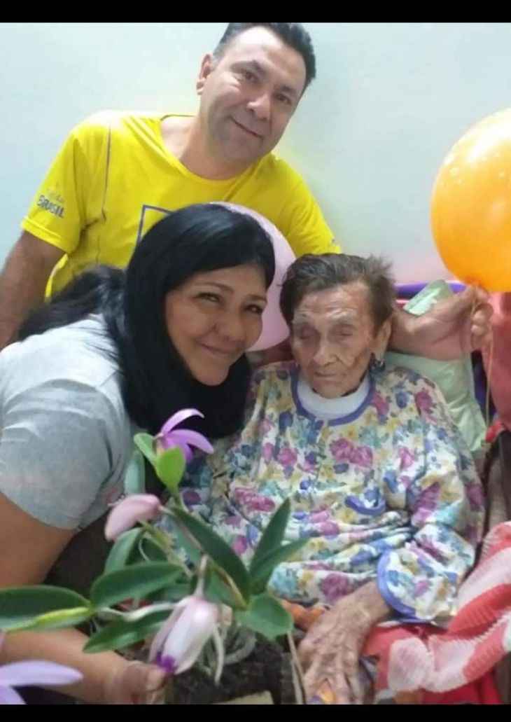 Abue cumplió 110 años rodeada de la azulgrana
