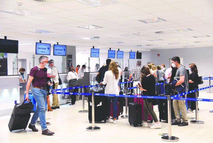 El vuelo que salió del Silvio Pettirossi el sábado poco después de las 22:30 llevó 244 pasajeros.