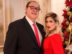 Roberto González Vaesken luego de su turbulento divorcio, está felizmente enamorado de la brasileña Kallytha Lopes, que es 36 años más joven que él. El político asegura que la clave para sortear las diferencias de edades es la comunicación y la honestidad. Kally disfruta de presumir su amor en las redes sociales y muestra muchos detalles de su vida al lado del Gobernador.