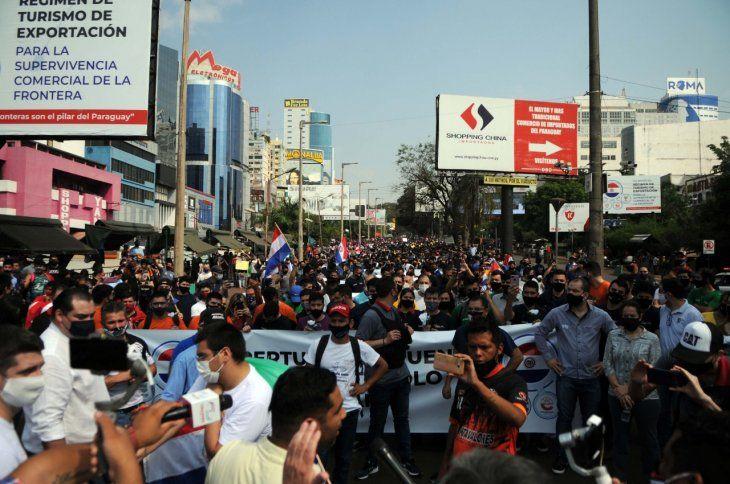 Gran cantidad de personas asistió a la protesta.