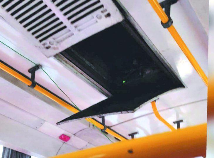 Un usuario de la línea 26 diferencial contó que hacía más calor adentro que afuera.
