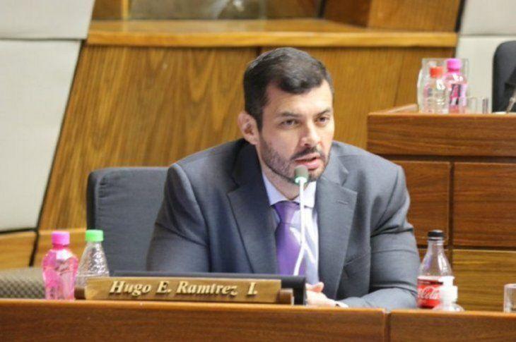 El diputado Hugo Ramírez (ANR) presentó el llamativo proyecto de ley.