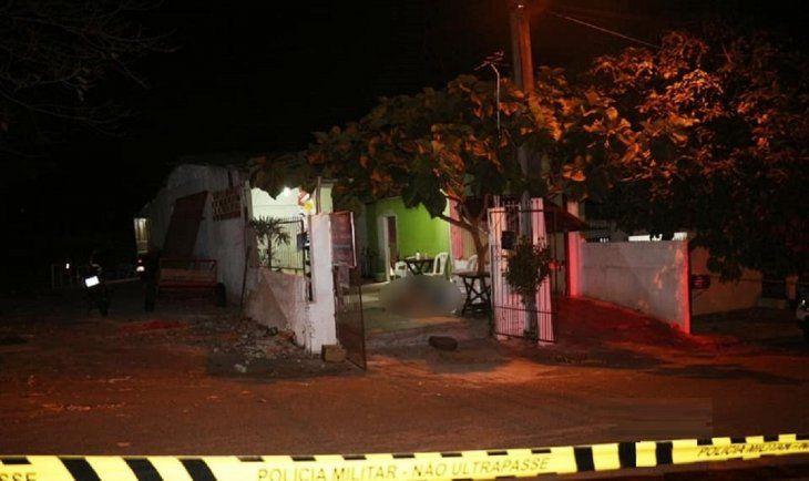 En el interior de un almacén ocurrió el feminicidio.