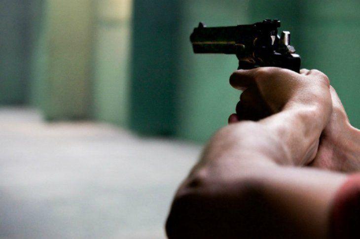 Intento de feminicidio se registró en Luque. La mujer tuvo que ser operada y el hombre está detenido.