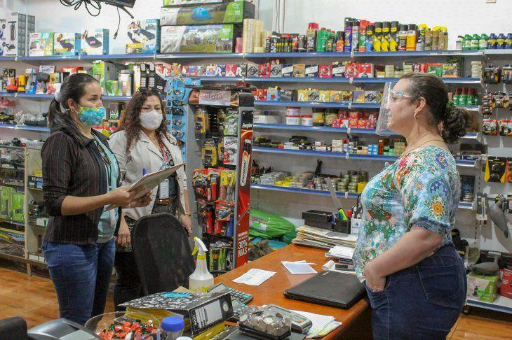 Monitoreo en locales comerciales de Hernandarias por la pandemia de Covid-19.