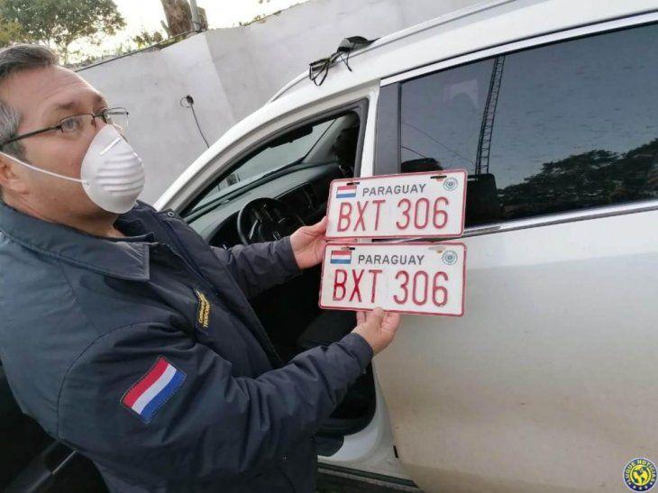 Sin chapa fue encontrada la camioneta que robó una fonoaudióloga de Luque.